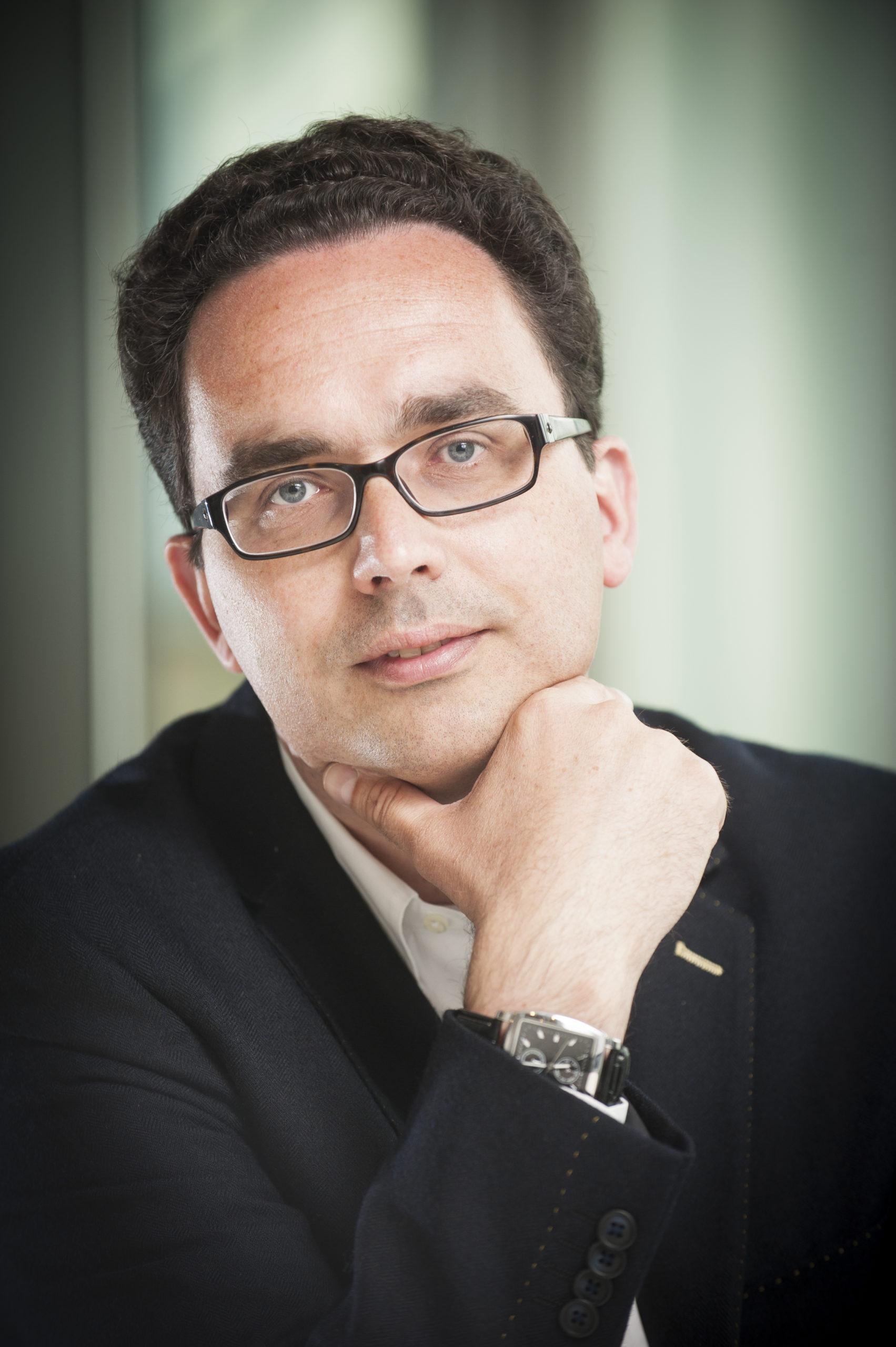 Silvère M van der Maarel